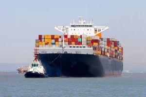 La economía de EEUU crece pero sufre los embates de la guerra comercio