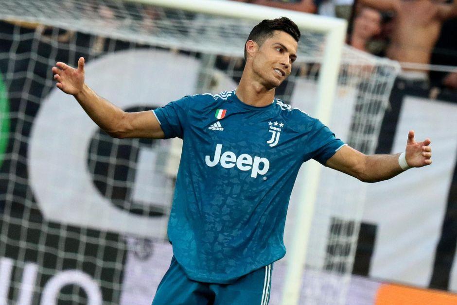 Sin brillo pero con efectividad: La Juventus inició la defensa de su título con un triunfo