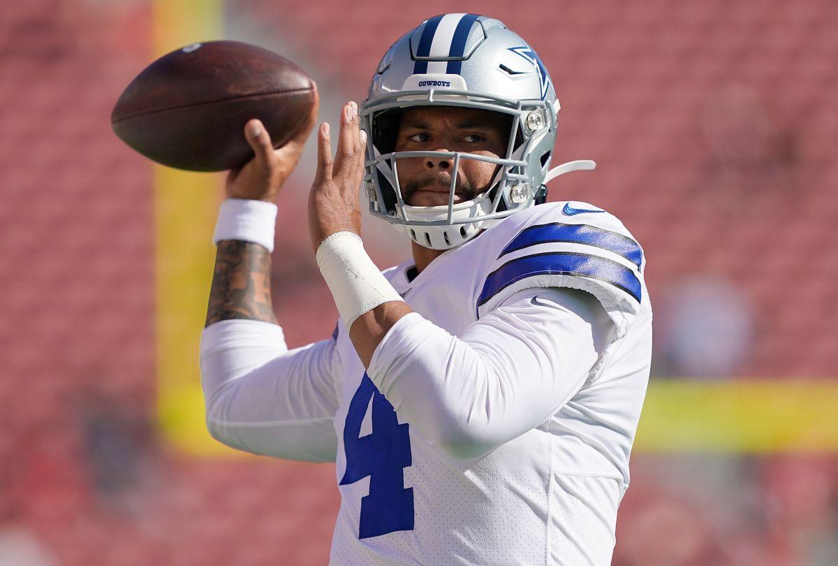 Dak Prescott de los Dallas Cowboys quiere ser el jugador mejor pagado de la NFL.