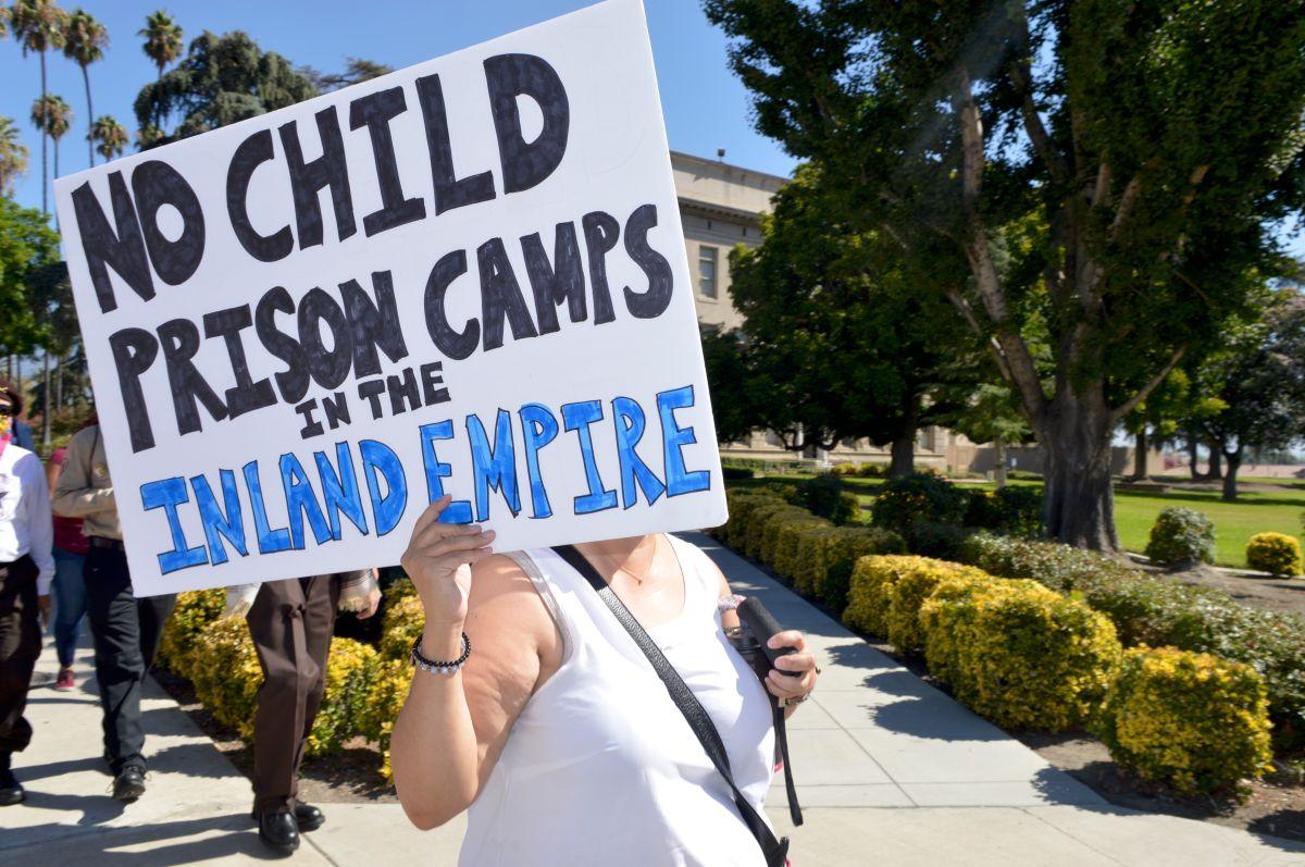 'Los niños no deberían estar en jaulas'