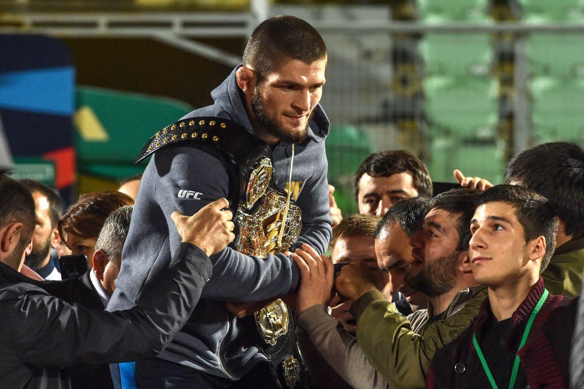 KhabibNurmagomedov es campeón invicto de UFC.