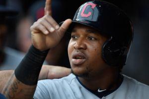 José Ramírez, la estrella de los Cleveland Indians, podría jugar la postemporada pese a reciente cirugía en la mano