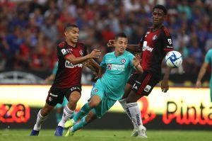 Cruz Azul busca hilar tres victorias ante Puebla este sábado en el Azteca