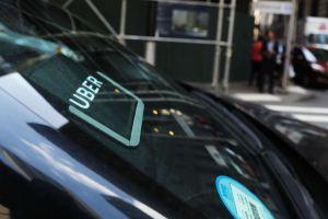 Conductor de Uber en NY intenta secuestrar a adolescente, pero ella logra inteligente jugada y escapa