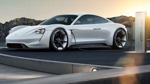 Por qué el Porsche Taycan es una decepción