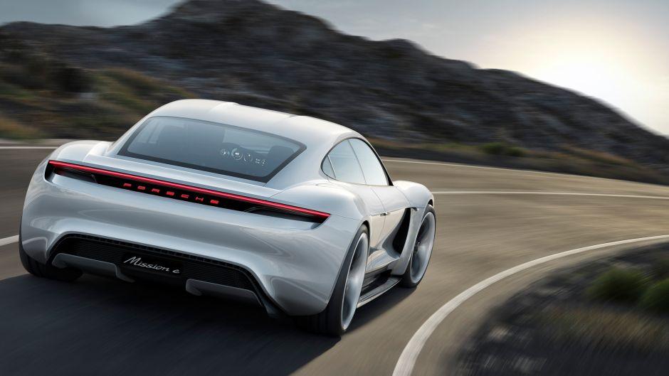 Taycan, el modelo de Porsche que competirá con Tesla, ya se ha agota… y todavía no se produce