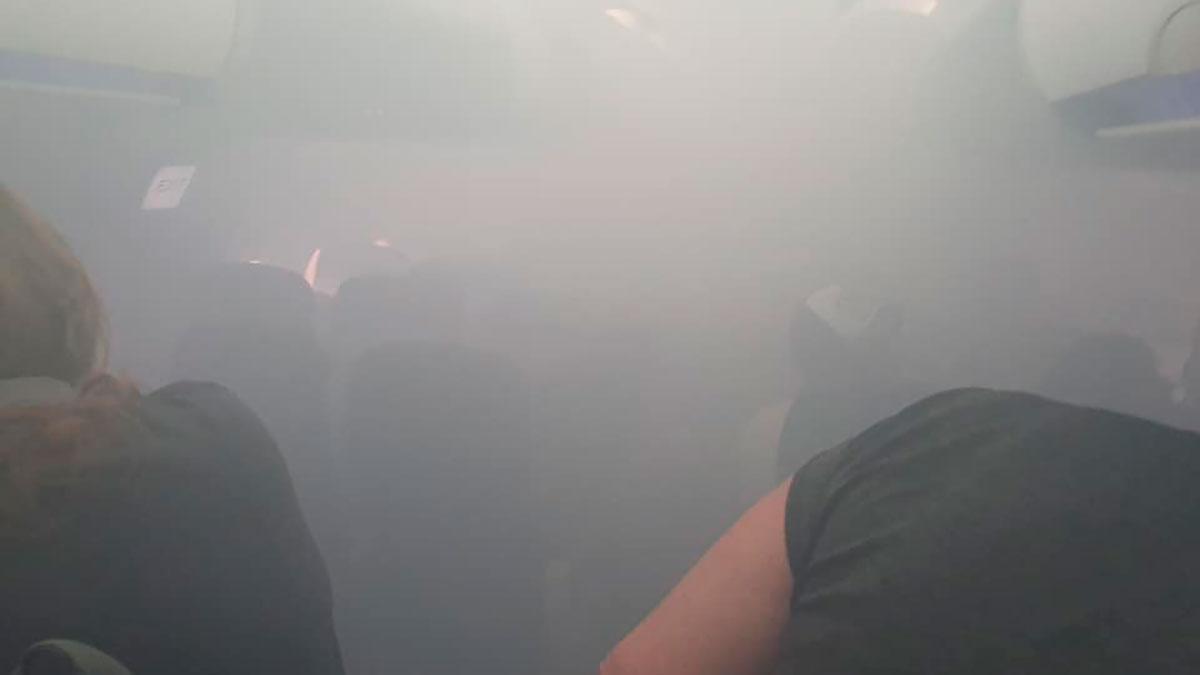 VIDEO: Avión de British Airways se llena de humo al aterrizar en España