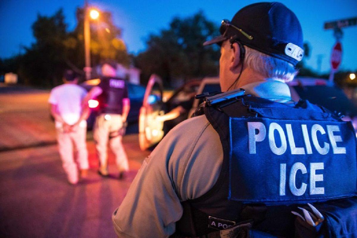 ICE construye ciudad en secreto para mejorar la técnica de capturar inmigrantes