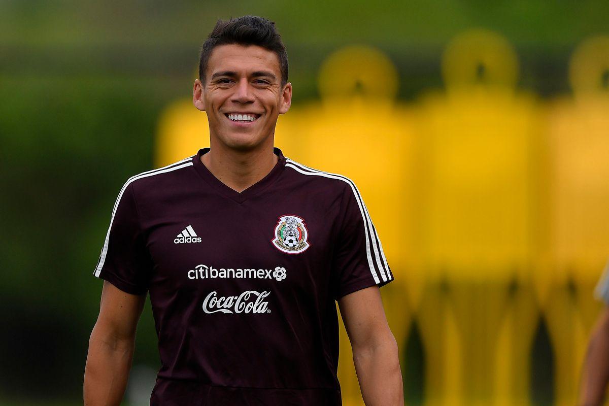 Héctor Moreno se negó a volver a México para jugar con Chivas.