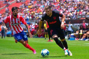 A la expectativa: Héctor Herrera podría debutar este domingo en el futbol de España