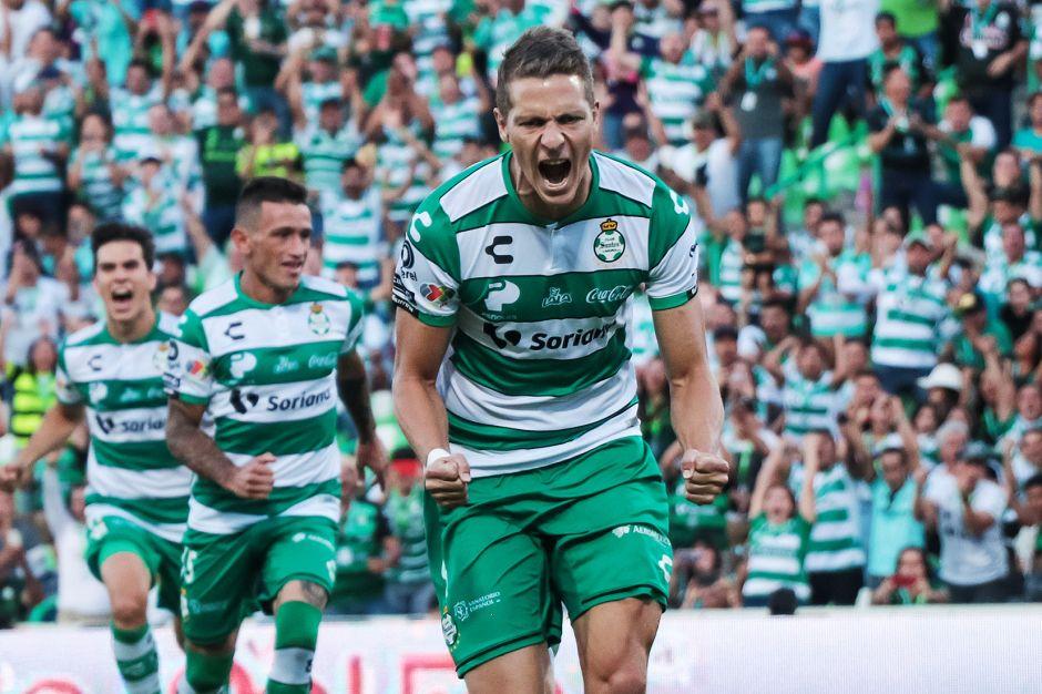 Santos continúa con paso perfecto y es superlíder
