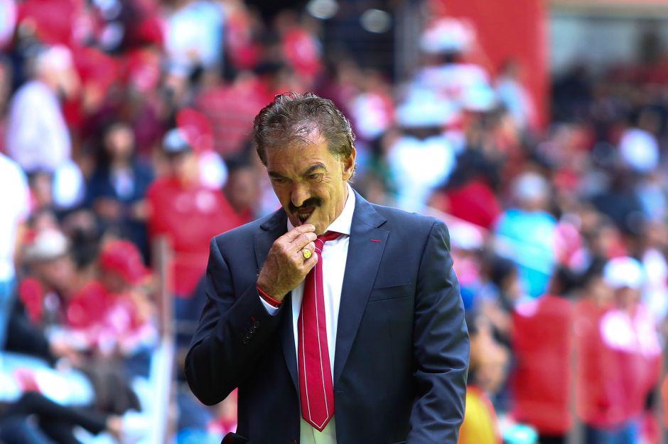 El 'Bigotón' respira, por fin gana Toluca