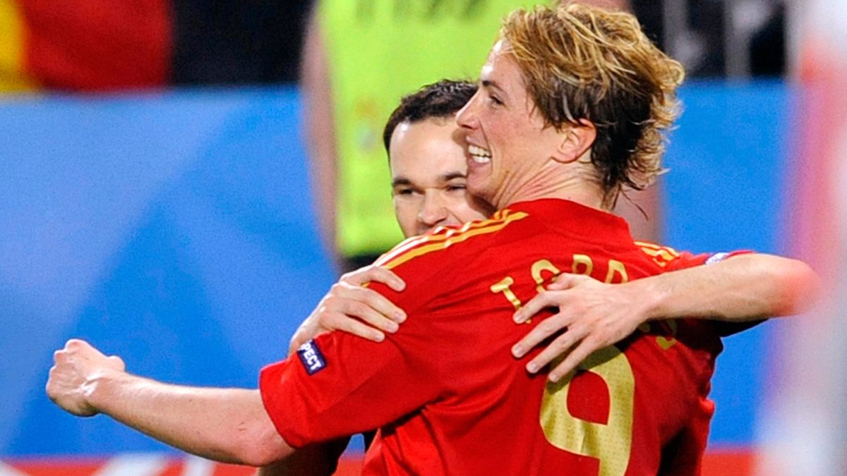 Iniesta le escribió una carta Torres que jugará su último partido como profesional este viernes en la liga Japonesa