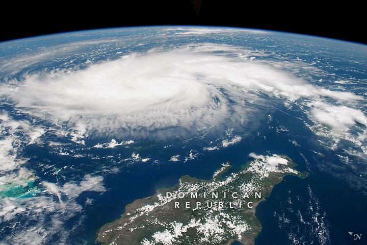 El huracán Dorian visto desde la EEI, el 29 de agosto de 2019. Joshua Stevens y Lauren Dauphin/Observatorio de la Tierra/NASA