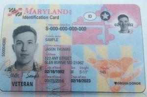 Cobraba miles de dólares a indocumentados por licencias de conducir reales