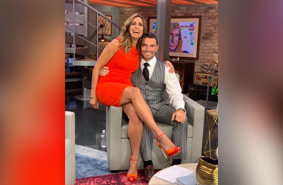 Casi soltera: Lili Estefan y Julián Gil coquetean descaradamente en 'El Gordo y La Flaca'