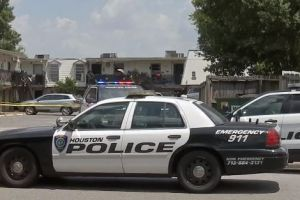 Niño de 2 años muere atropellado en el sureste de Houston