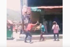 Marido y amante se matan a puñaladas en plena calle de Colombia