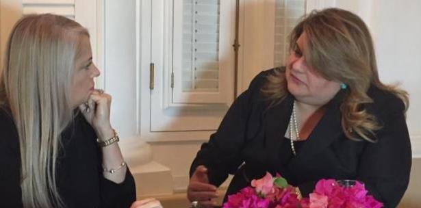 La gobernadora invitó a la comisionada residente a un encuentro en La Fortaleza.