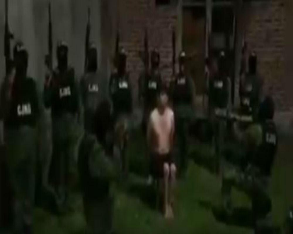 VIDEO CJNG interroga antes de descuartizar a líder del Cártel del Golfo