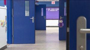 """""""Militarización"""" por tiroteos masivos: instalan puertas antibalas en escuelas de Nueva York y Jersey"""