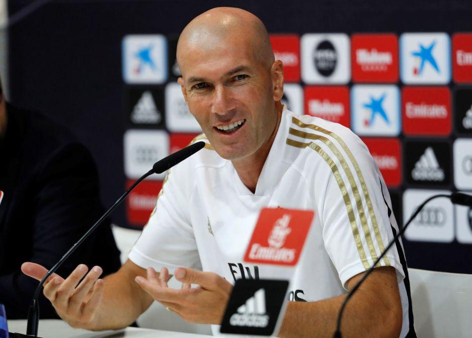 ¿Quién te entiende? Ahora resulta que  Zidane sí cuenta con James Rodríguez y Bale para el arranque de La Liga