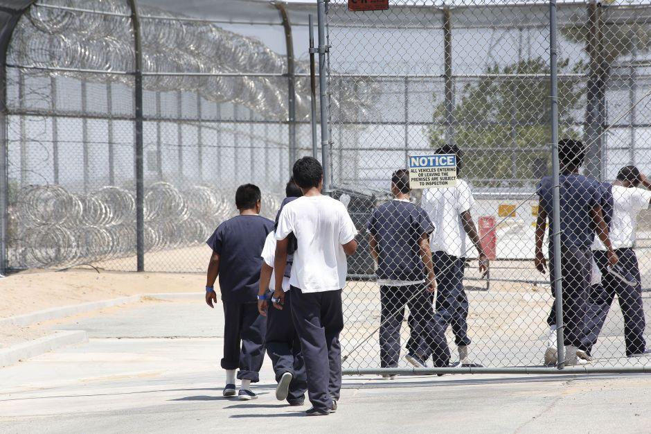 Buscan prohibir Centros de Detención de inmigrantes operados por empresas en Los Ángeles