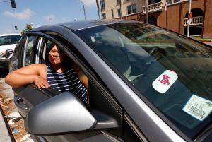 Corte de apelaciones de California permite a Uber y Lyft tratar a sus conductores como contratistas independientes
