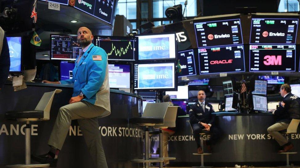 Repo: el desconocido mercado que mueve US$3 billones al día en Wall Street (en el que tuvo que intervenir la Fed)