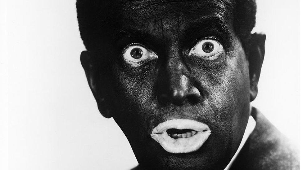 """""""Blackface"""" de Trudeau: por qué se considera racista pintarse la cara de negro (y en qué lugares de América Latina se hace)"""