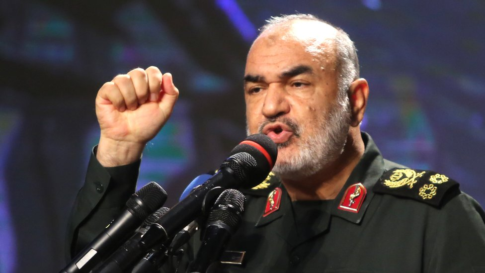 """Irán responde al envío de tropas de EEUU a Arabia Saudita: """"Destruiremos a cualquier agresor"""""""