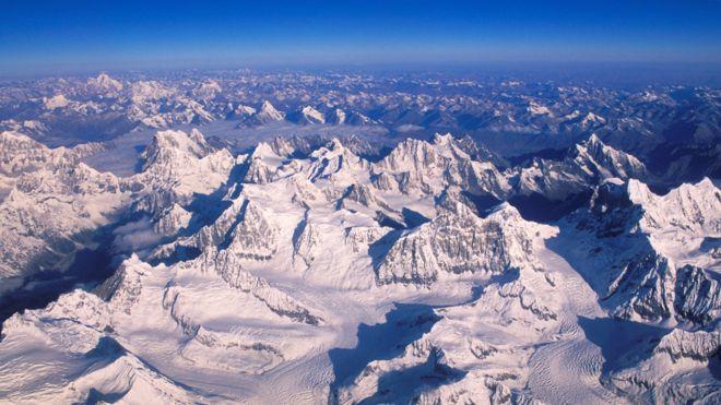 Qué es el Tercer Polo y por qué el derretimiento de sus glaciares afectará la vida de más de mil millones