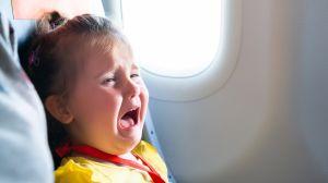 """Aerolínea genera polémica por su """"mapa de asientos"""" anti bebés y niños"""