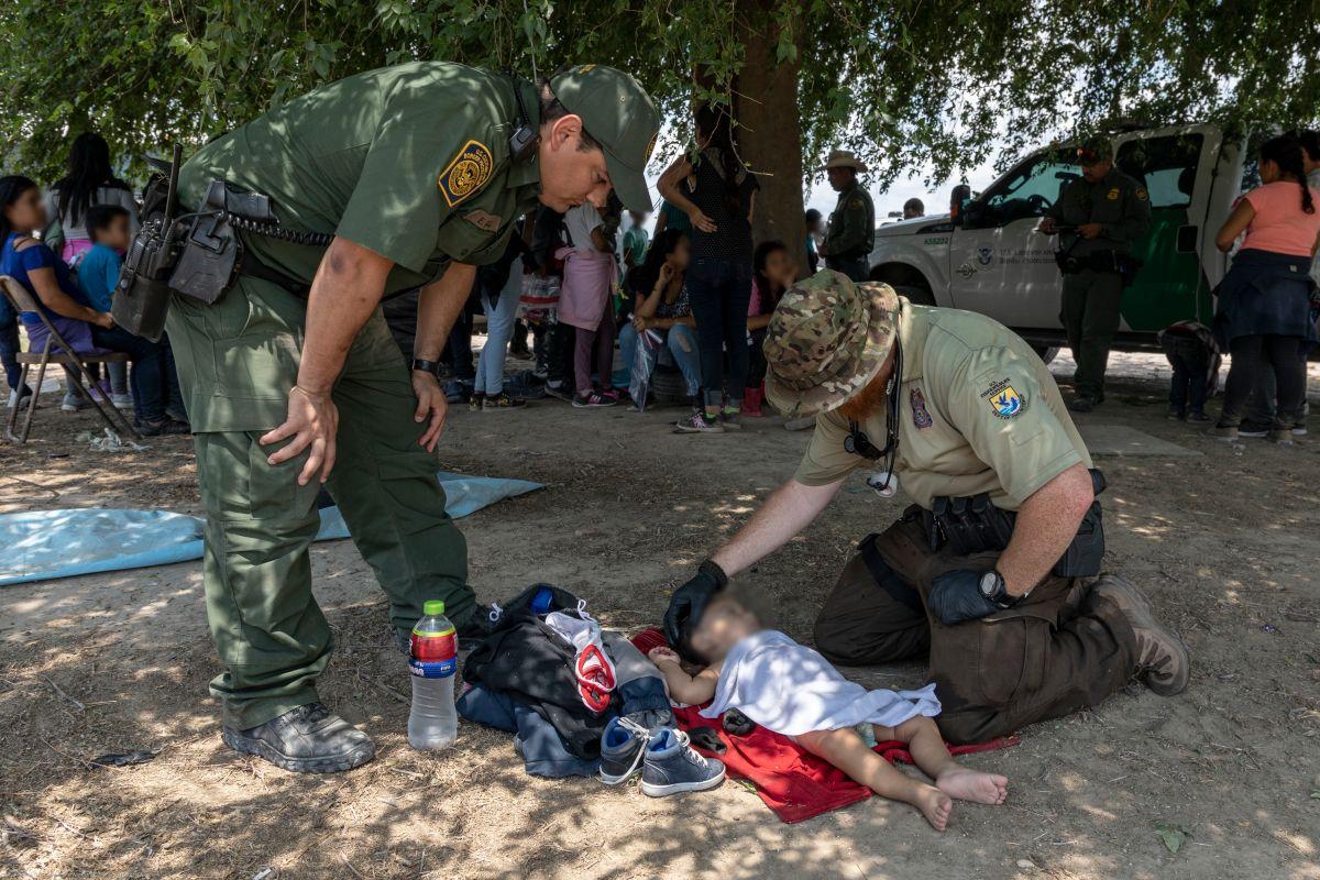 Juez que ordenó a Trump el fin de la separación de familias inmigrantes ahora tiene dudas