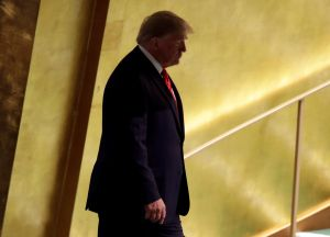 Líderes demócratas reaccionan a la apertura de proceso que busca destituir a Trump