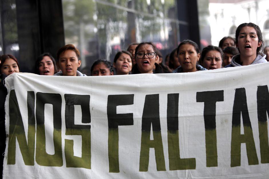 Caso Ayotzinapa: procesan a exfiscal por irregularidades en las investigaciones