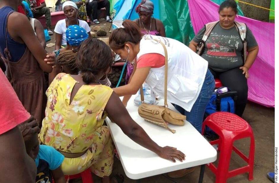 ONG brindan atención médica a migrantes africanos en Chiapas