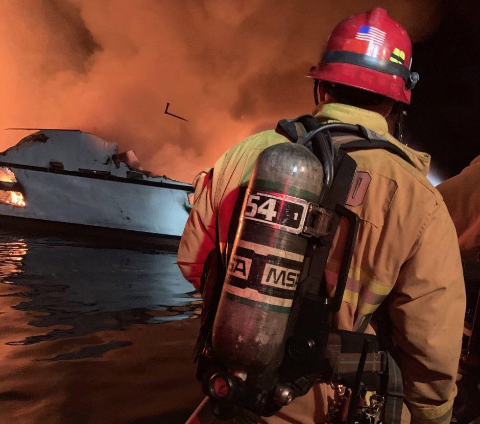 Confirman 25 muertos y 9 desaparecidos tras incendio de un barco de buceo en California