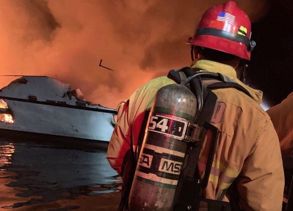 Tripulante demanda al dueño del Conception, el barco que se incendió en isla de Santa Cruz
