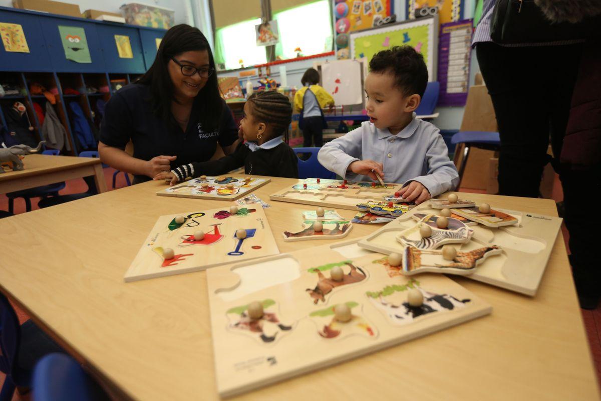 Los profesionales de preescolar que más ganan en el país cobran $55,000 anuales, los que menos solo $20,000. /Archivo