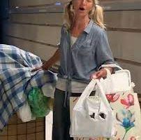 Mujer sin hogar canta ópera en el metro de Los Ángeles  y ahora es una celebridad