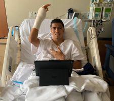 Ya pasó el susto: Erick Gutiérrez fue operado tras su fractura en la mano
