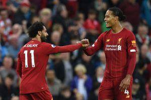 ¡Vidente! Van Dijk celebra gol de Salah antes de que lo anote