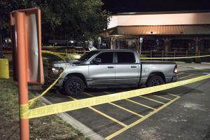Aumentan a 7 los muertos por tiroteo en Texas; el sujeto comenzó a disparar tras revisión policiaca