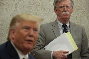 Trump despide a John Bolton, asesor de Seguridad Nacional, tras escándalo con talibanes