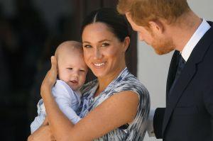 """El hijo de los Duques de Sussex, Archie, dice sus primeras palabras: """"Happy New Year"""""""