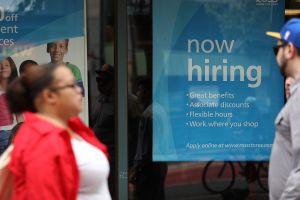 EEUU creó 130,000 trabajos en agosto, menos de lo esperado