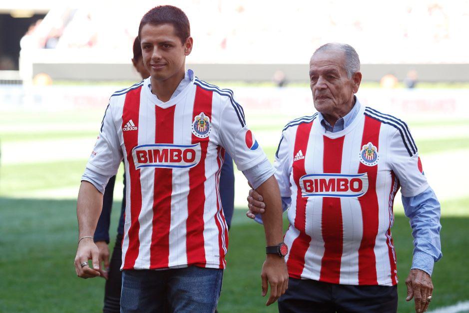 Tomás Balcázar, abuelo de Chicharito y leyenda de las Chivas, se encuentra grave en el hospital