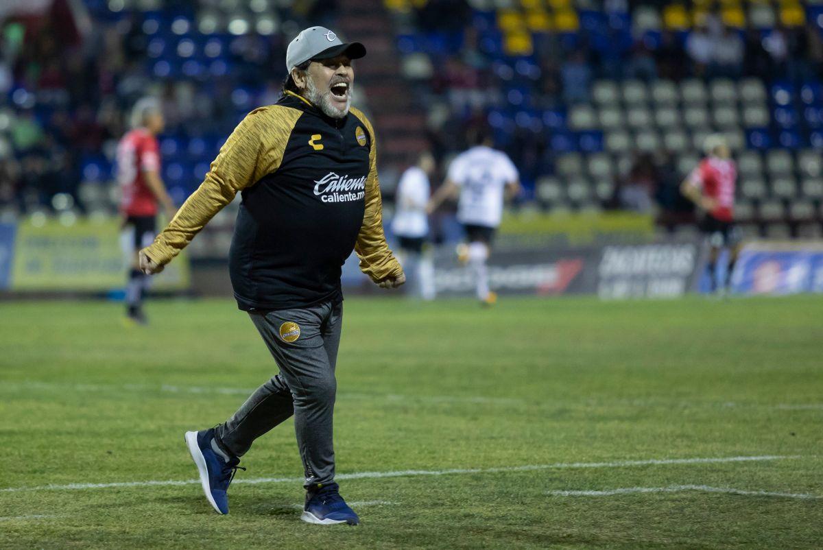 Maradona no rechazó al Gimnasia y Esgrima