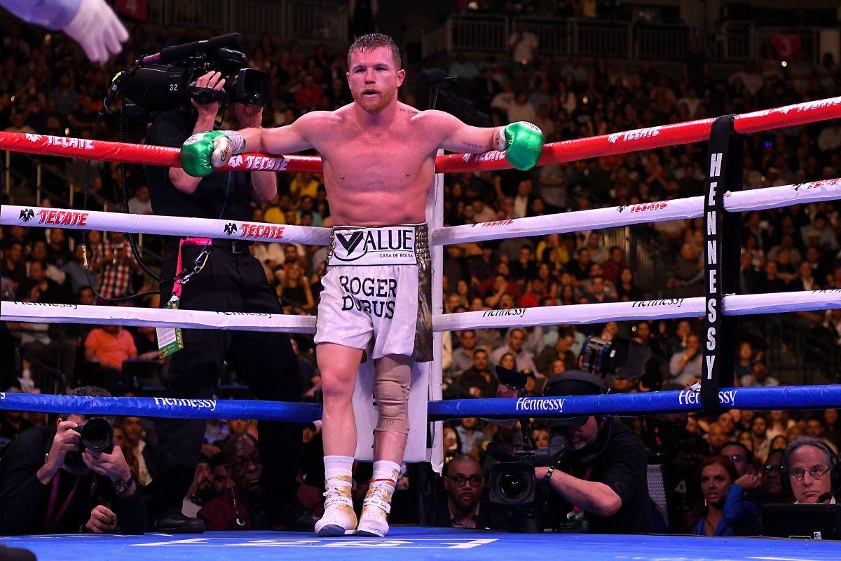 Saúl Álvarez espera que Saunders acepte la propuesta económica que le ofrecen para pelear el 2 de mayo.